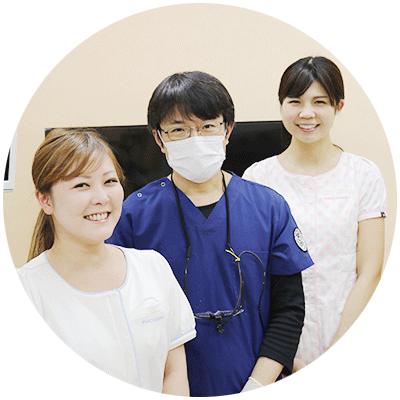 院長は昭和大学歯学部兼任講師です